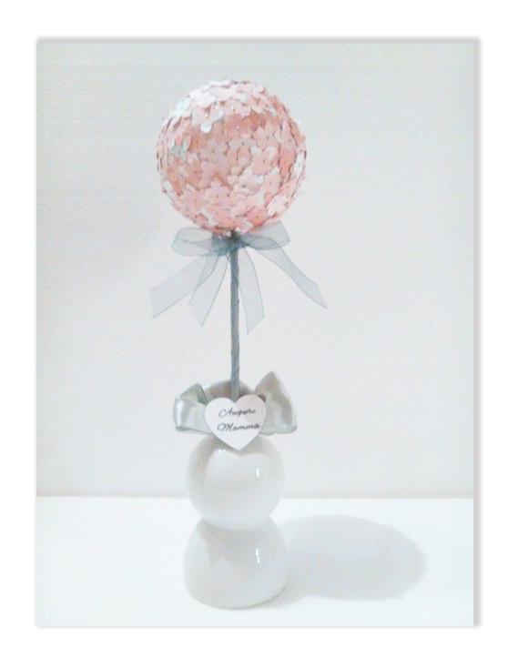 Palla pomander con fiori di carta